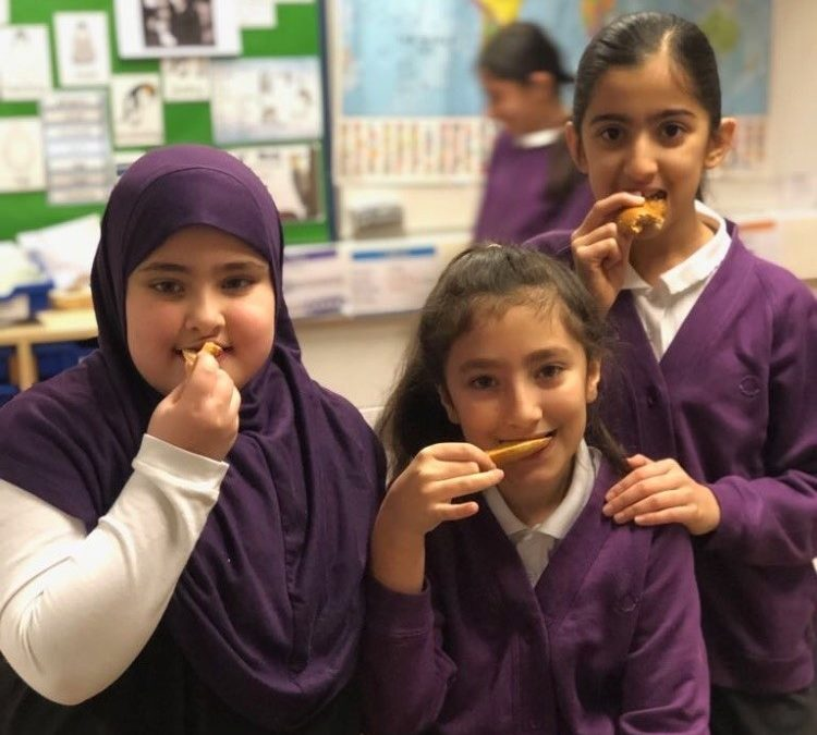 Pupils eat their way through 1,000 bagels a week at free breakfast club