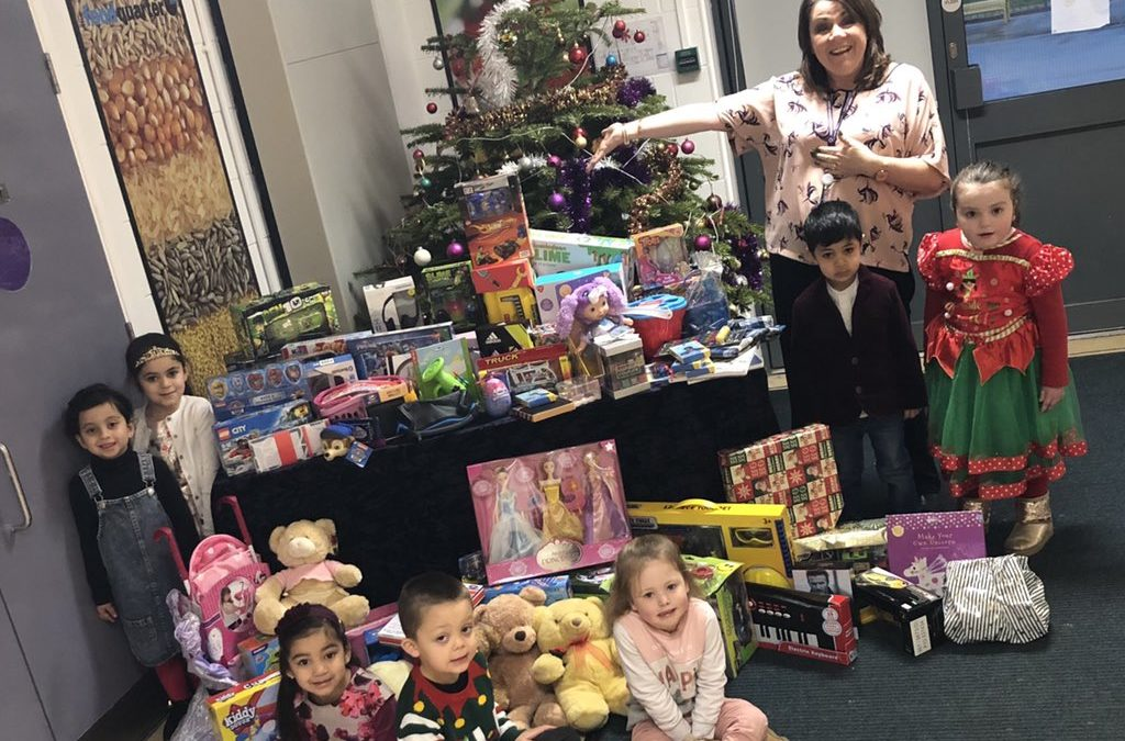 Pupils deliver sacks of toys to disadvantaged children